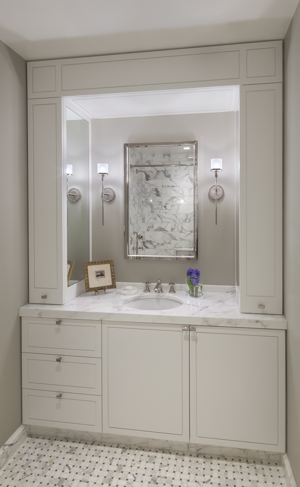 Private Residence. Tobin Parnes Design. New York. Residential. Bathroom.