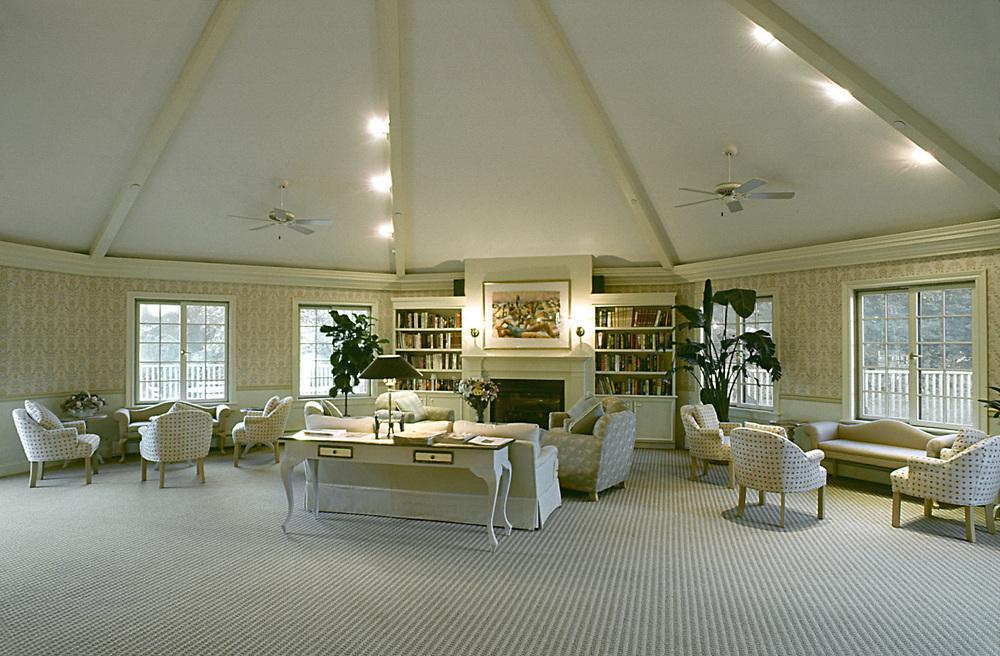 Southhamton Inn. Tobin Parnes Design. NY. Hospitality Design. Lounge Area.