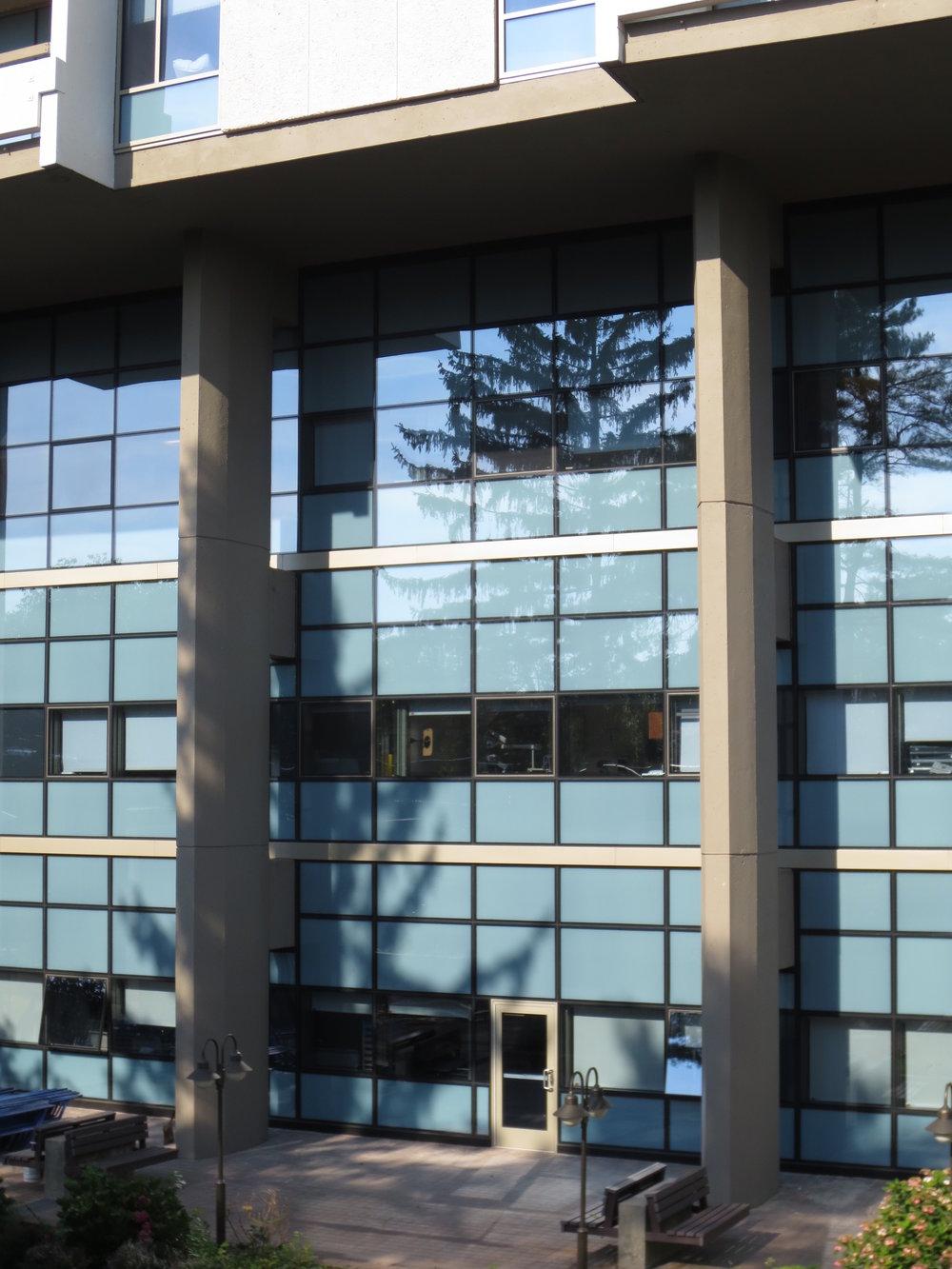 Parker Jewish Institute. Tobin Parnes Design. NY. Healthcare Design. Exterior. Facade.