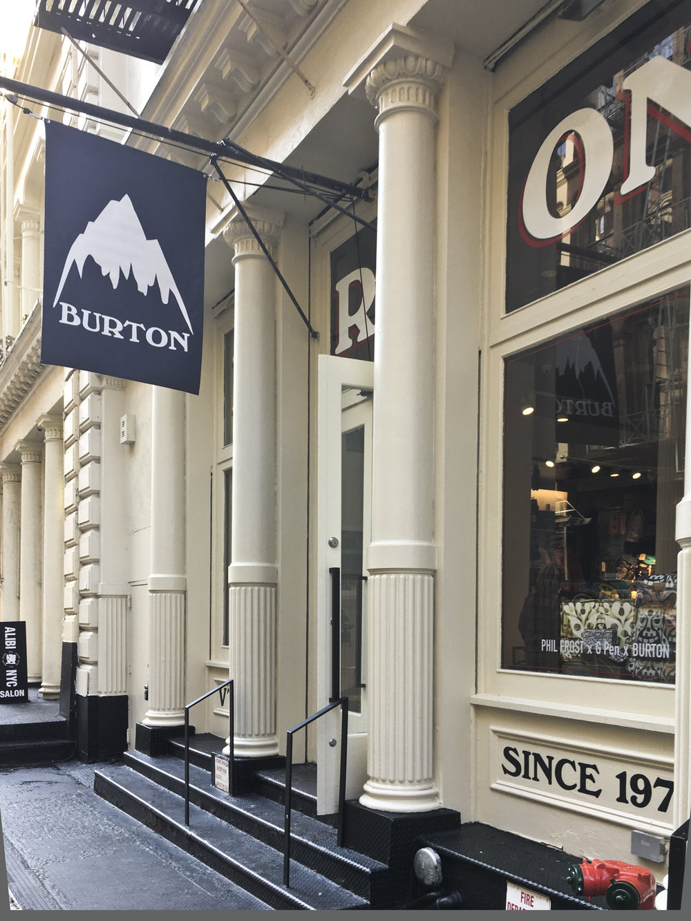 Burton Snowboards II. Tobin Parnes Design. NY. Retail Design. Exterior. Storefront.