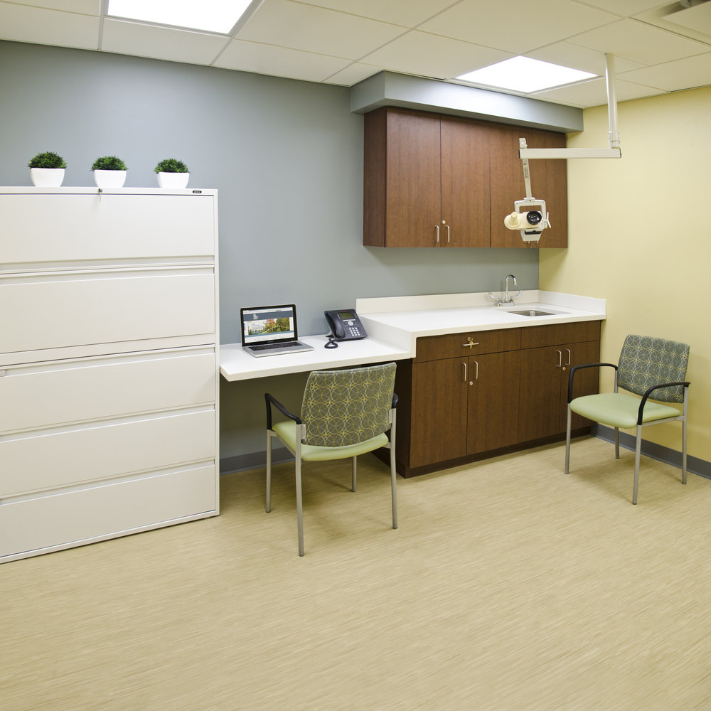 The New Jewish Home. Tobin Parnes Design. NY. Healthcare Design. Exam Room.