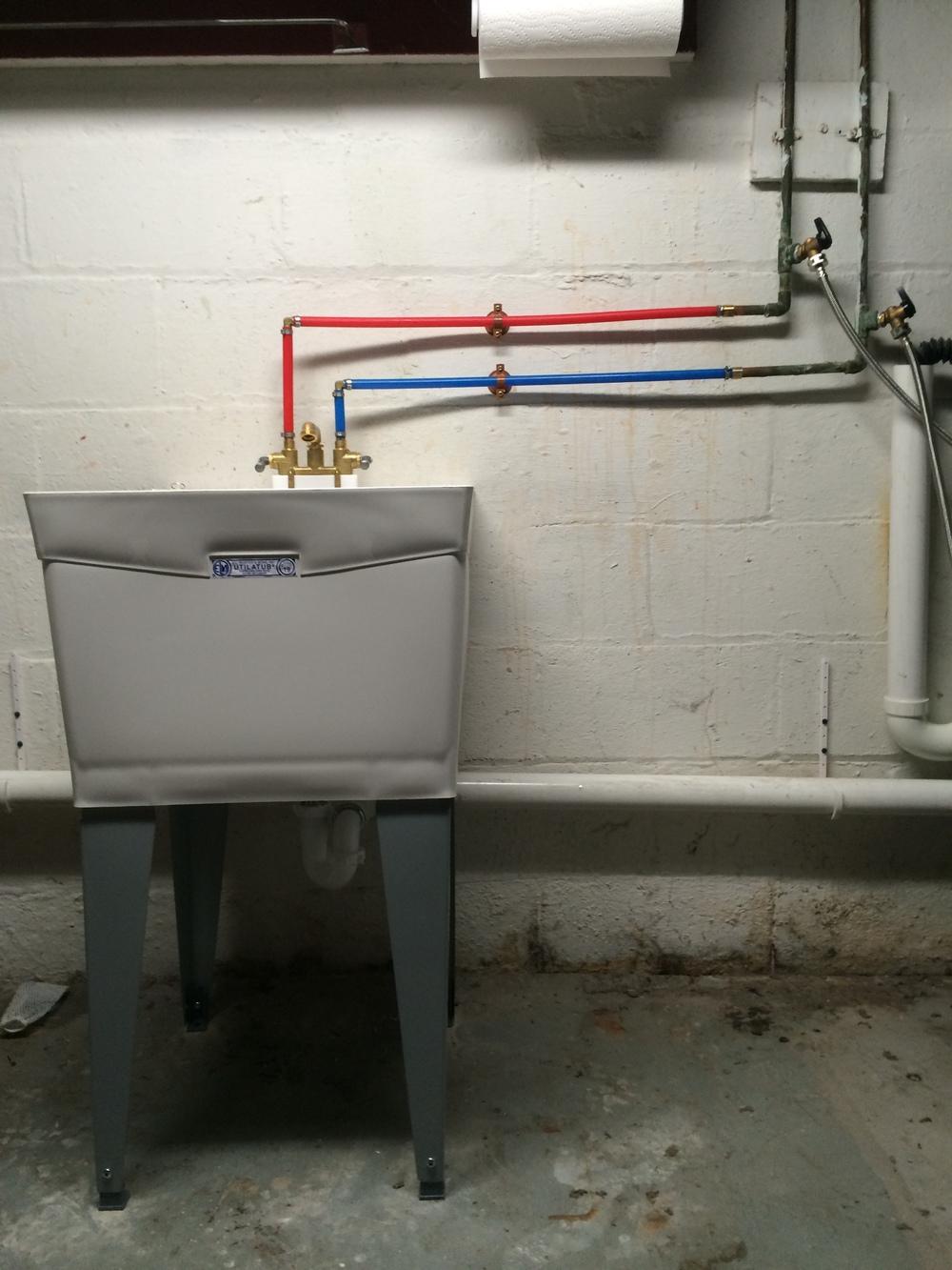 Laundry tub install