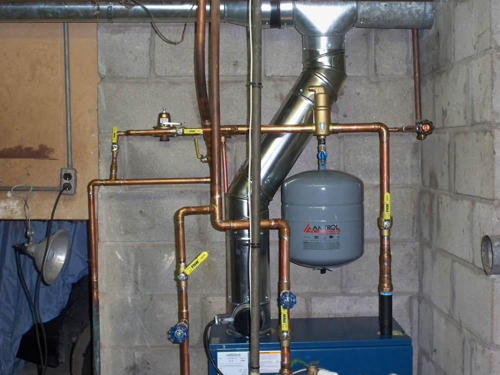 Hydronic boiler system