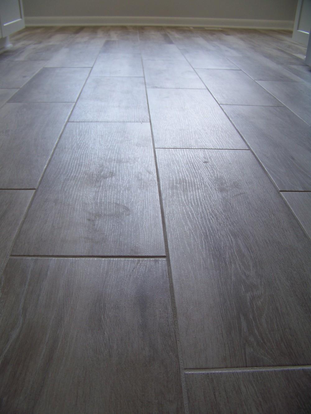Sandlewood Porcelain Floor Tile, Taupe.