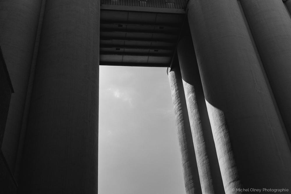 OLNEY-Arche noir et blanc - atelier LaRoque street photography OLNEY Photographe Sherbrooke