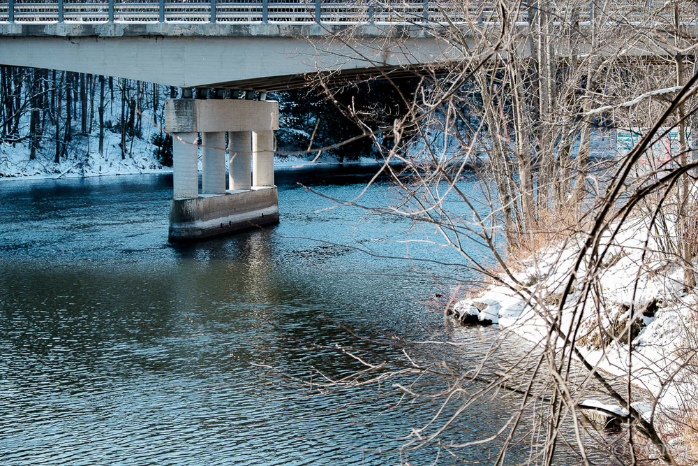 River and bridge in winter in Sherbrooke - Classic Chrome film simulation OLNEY Photographe