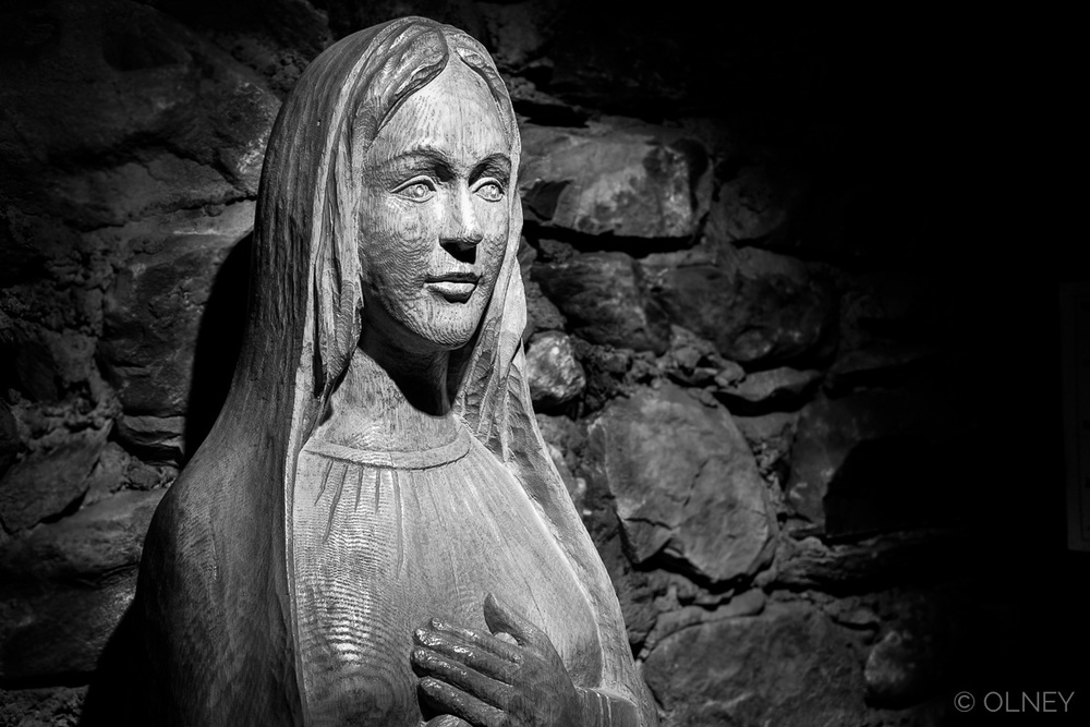 Sculpture de la vierge Marie à Beauvoir olney photographe sherbrooke