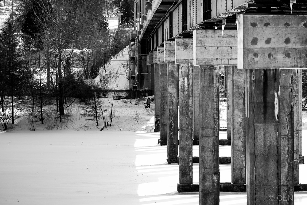 Bridge accross Magog River in Sherbrooke QC olney photographe sherbrooke