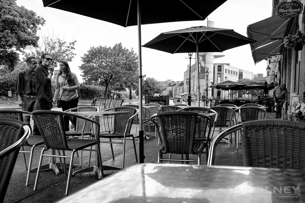 OLNEY-Café on Rue de la Commune in old Montreal QC street photography olney photographe sherbrooke