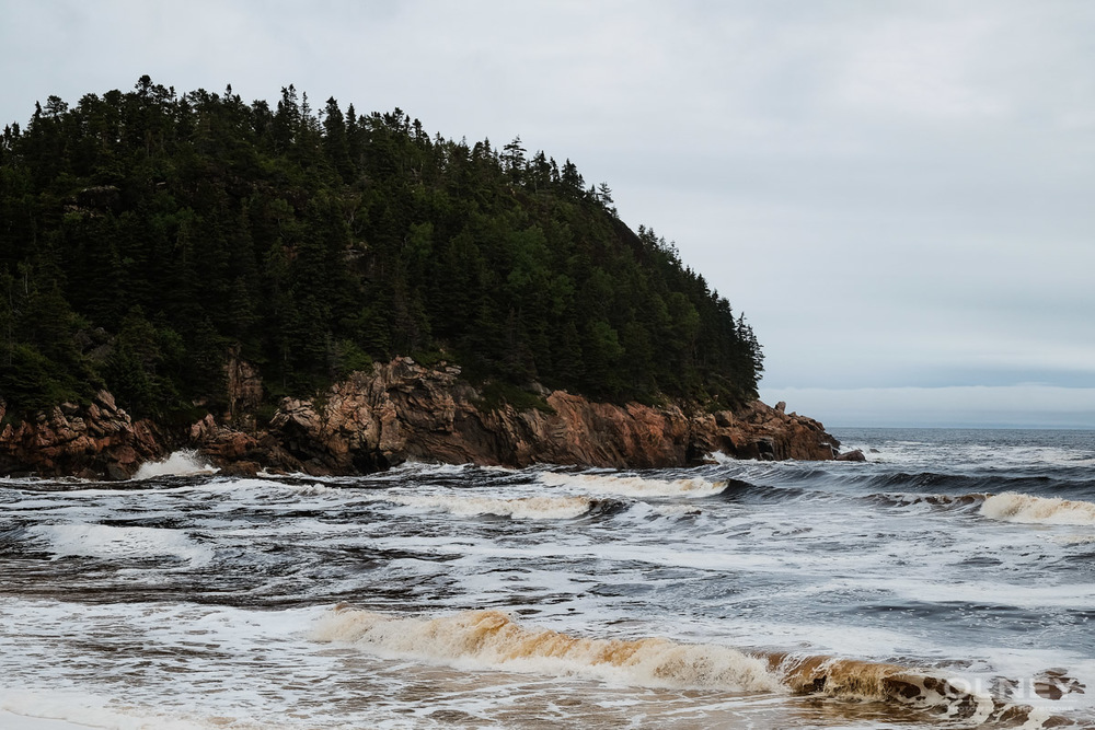 Where the black river meets the sea on Cabot trail olney photographe sherbrooke