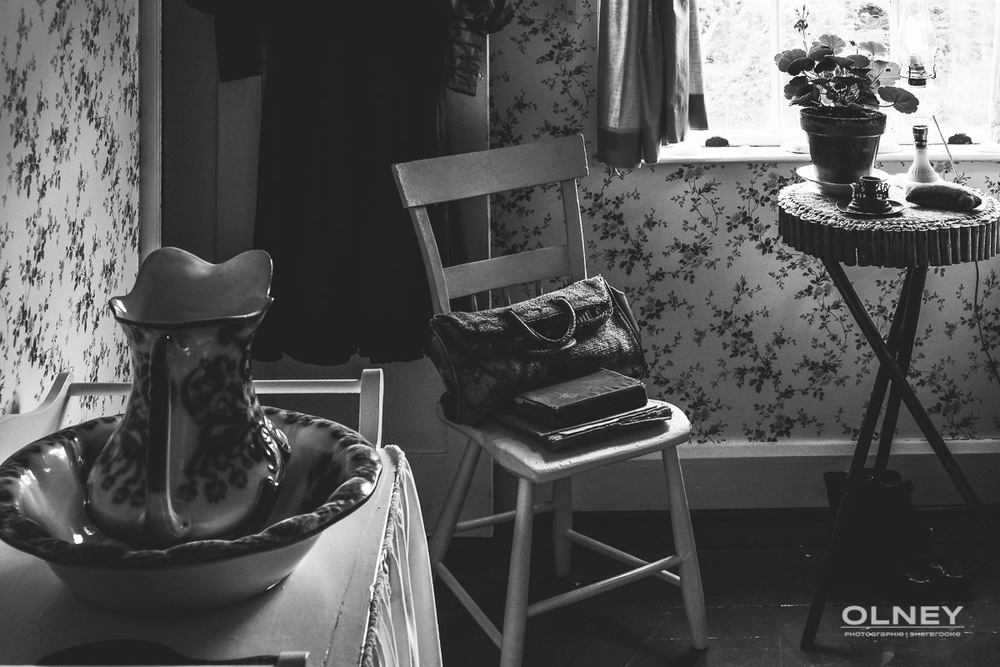 Anne's room black and white olney photographe sherbrooke