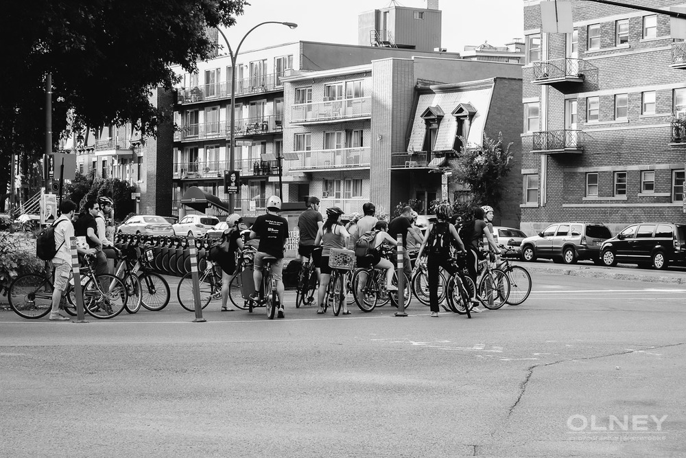 Bicycles jam in Montreal in black and white by OLNEY photographe Sherbrooke