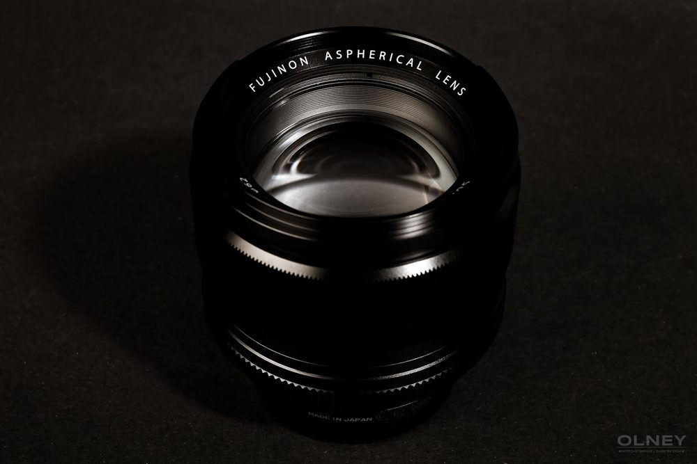 Fujinon XF 56mm F1.2 R from above