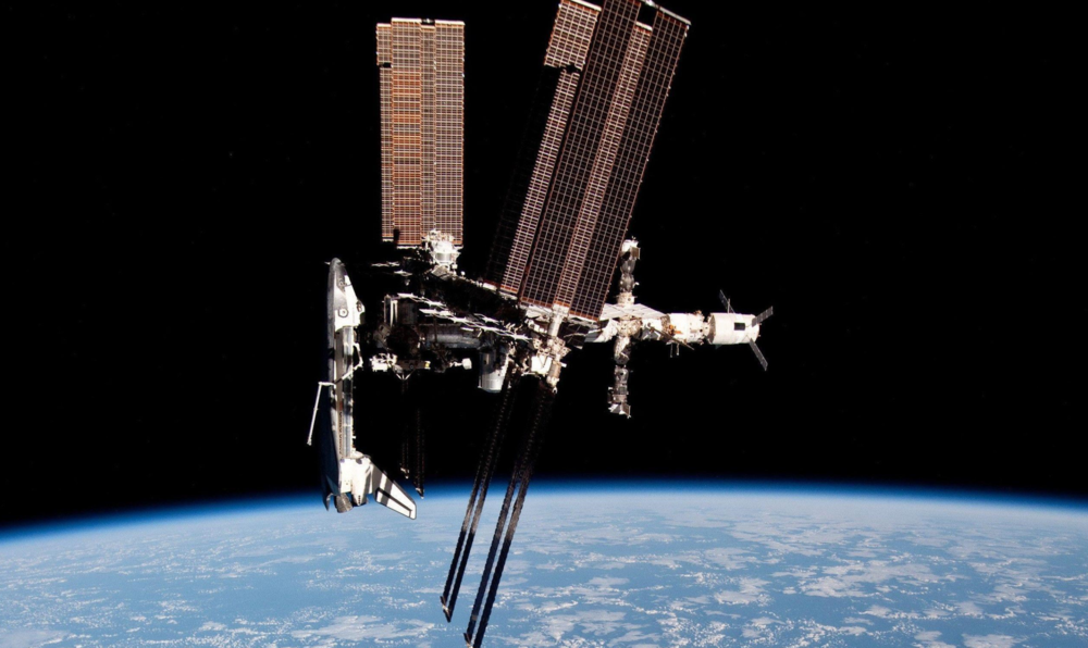 Shuttle docked with the ISS