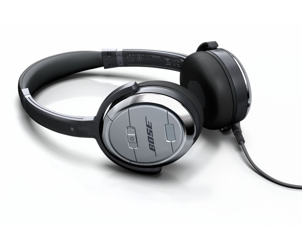 BOOM_CGI_PRODUCT_bose-headphones.jpg