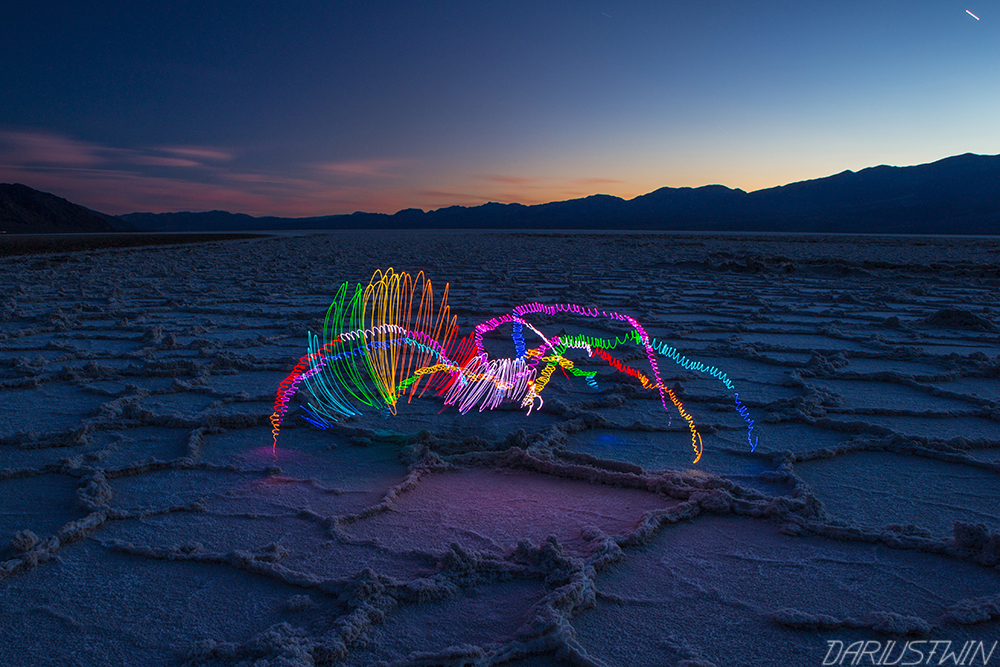 light_widow_badwaterbasin_deathvalley_saltflats_desert_travel_night_photography_slowshutter_art_darren_pearson_dariustwin.jpg