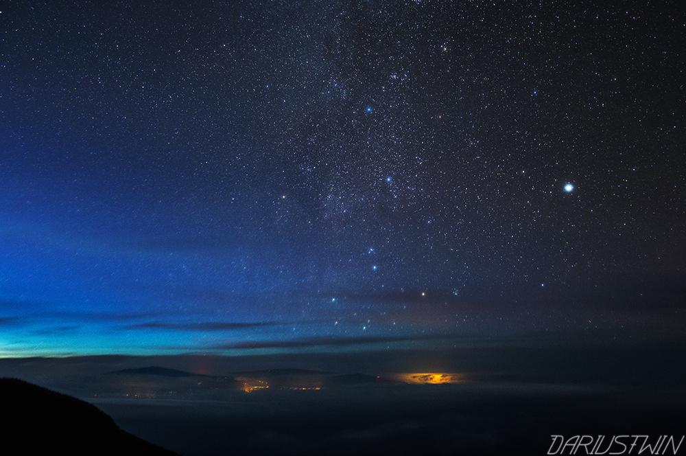 island in space, hawaii, haleakala, space, astrophotography, stars, long exposure, dawn, maui
