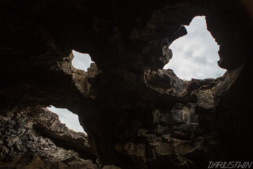 lavatubes-dariustwin-caves-utah.jpg