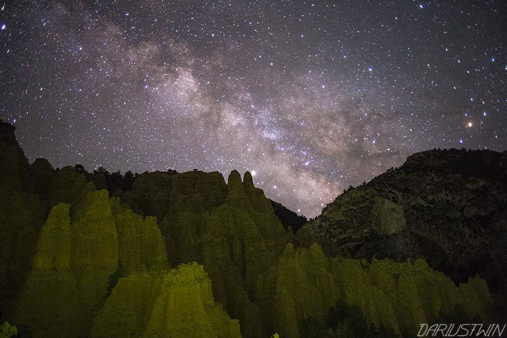 castle-rock-milky-way-astrophotography-dariustwin-darren-pearson-landscape-utah-camping-yellow-lightpainting.jpg