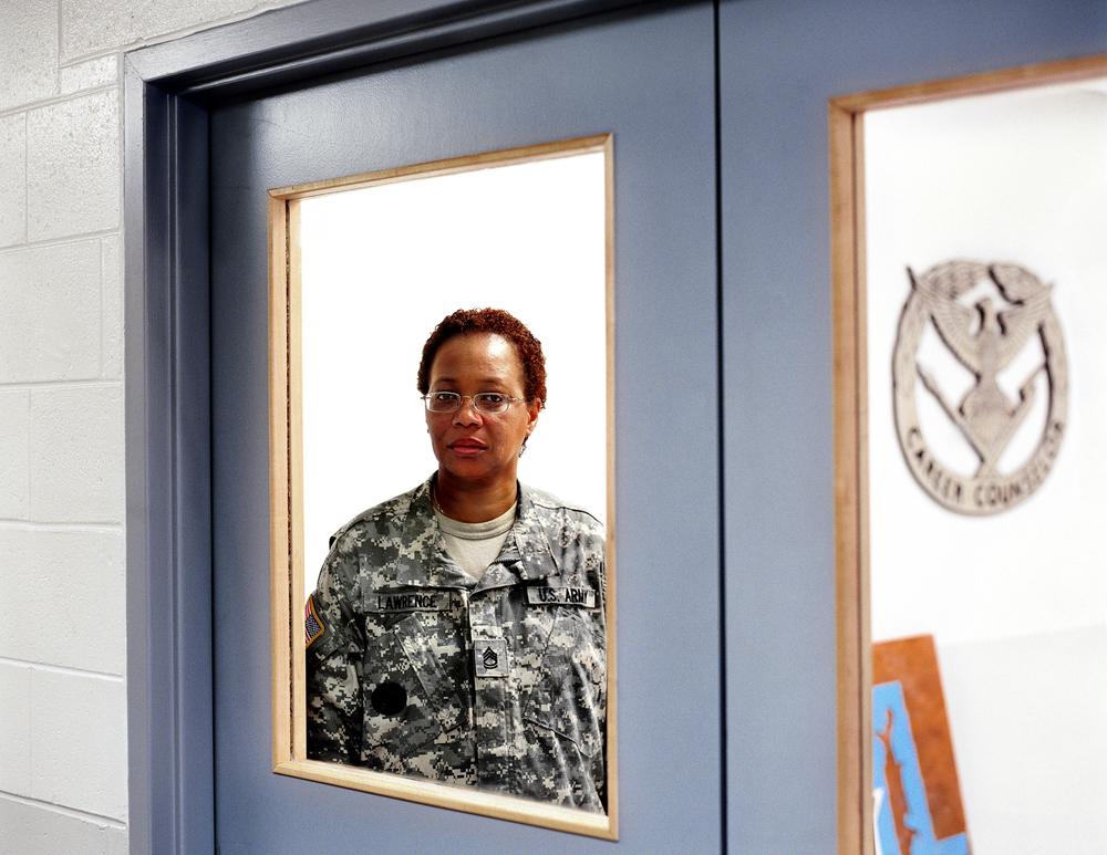 Sergeant_First_Class_Gwendolyn_Lawrence_US_Army.jpg