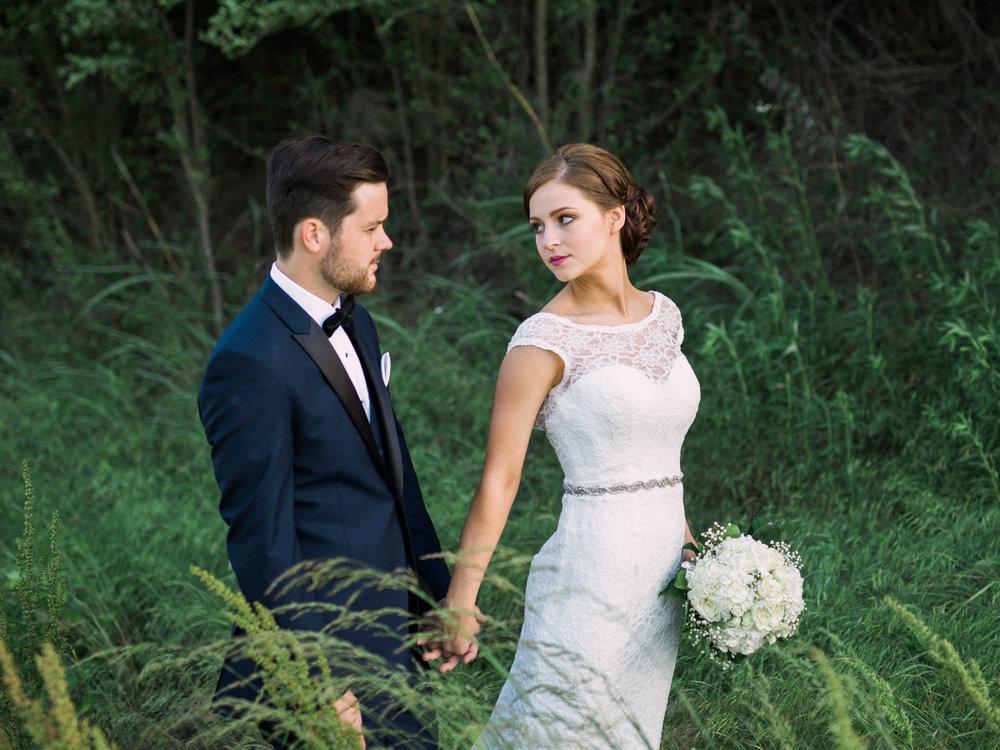 Quiton_Katie Kansas Wedding-0004.jpg