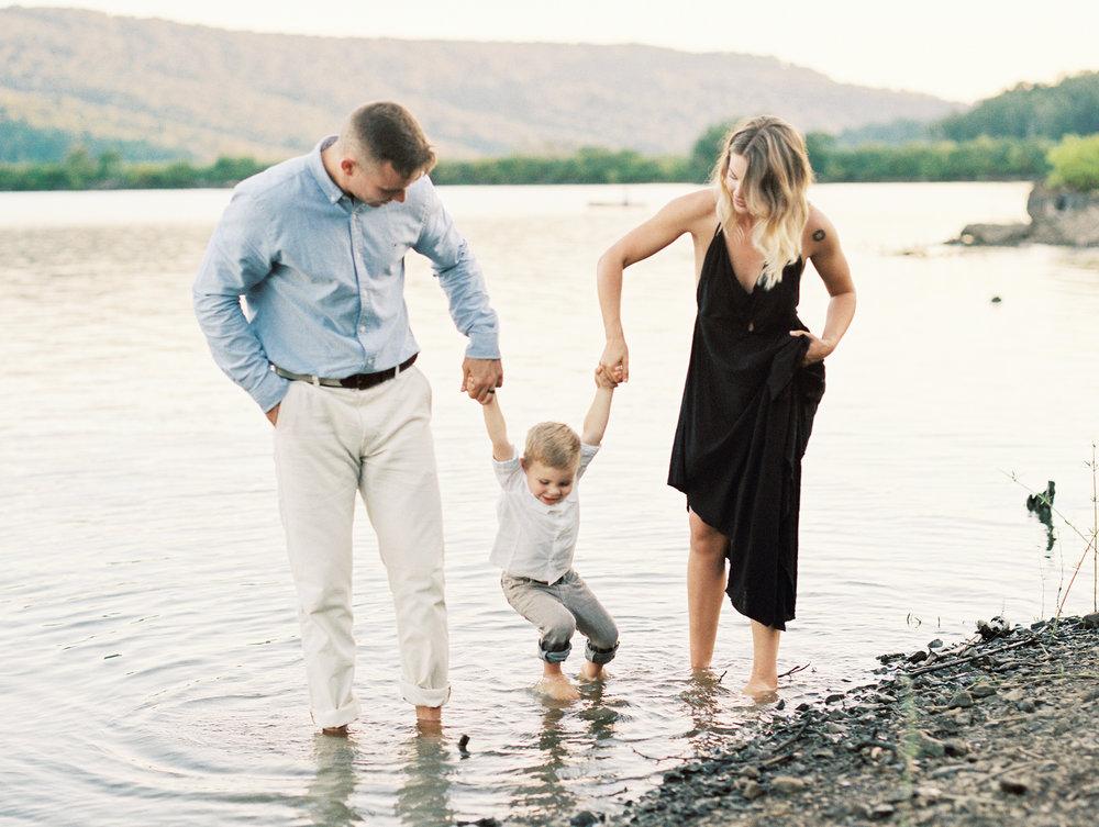 Ross Family Arkansas Family Photographer-0012.jpg