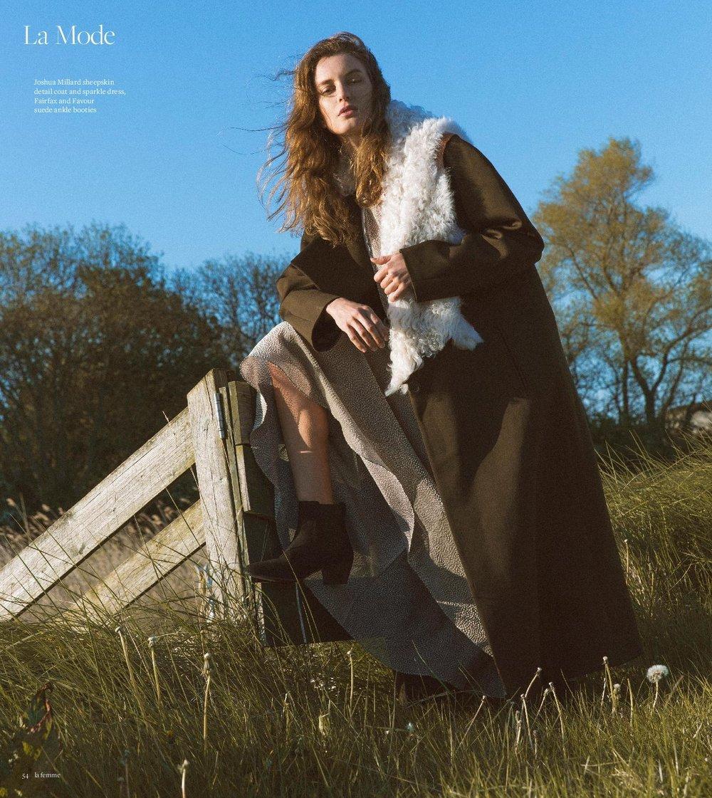 Coverage - La Femme - 06.09.17 1-1.jpg