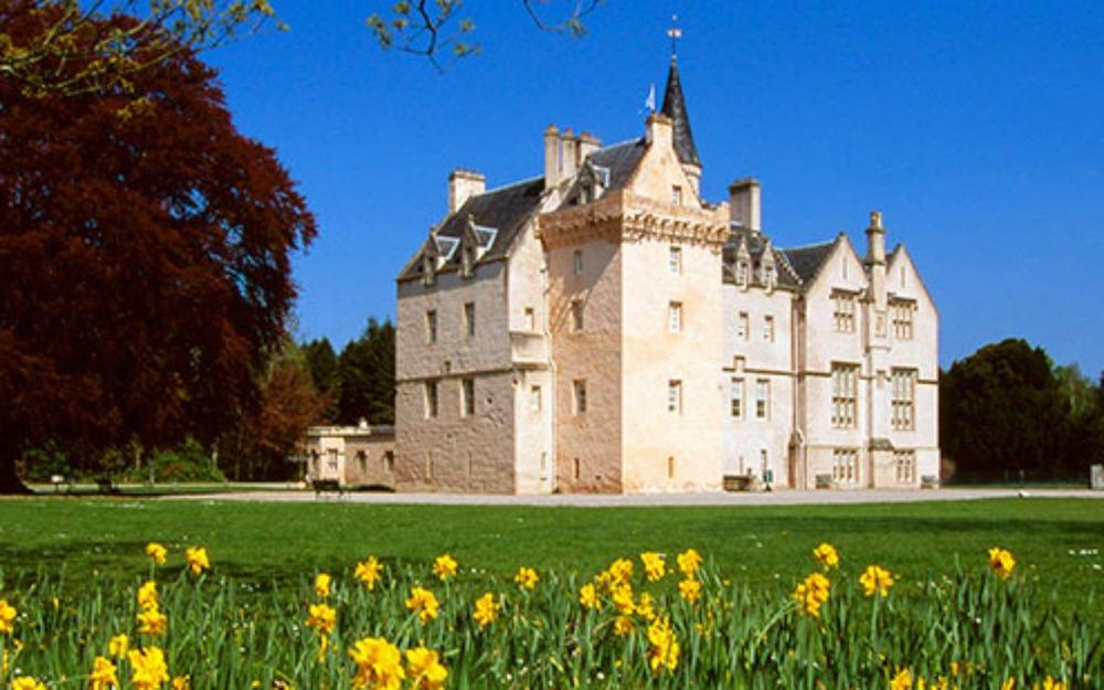 ntsbrdp00227-brodie-castle.jpg