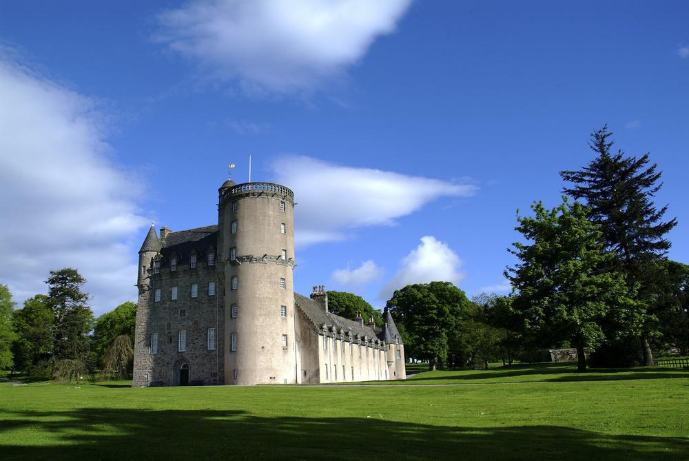 Castle Fraser external 2.jpg
