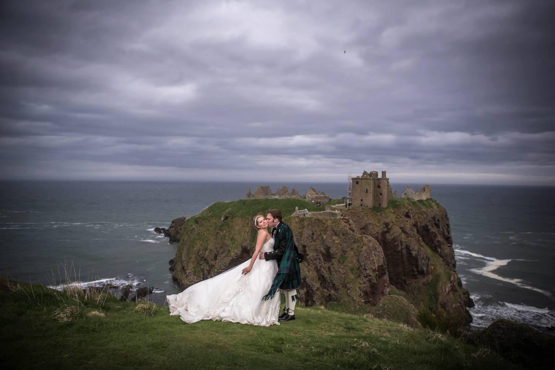 Dunnottar castle destination weddings scotland dunnottar castle solutioingenieria Images
