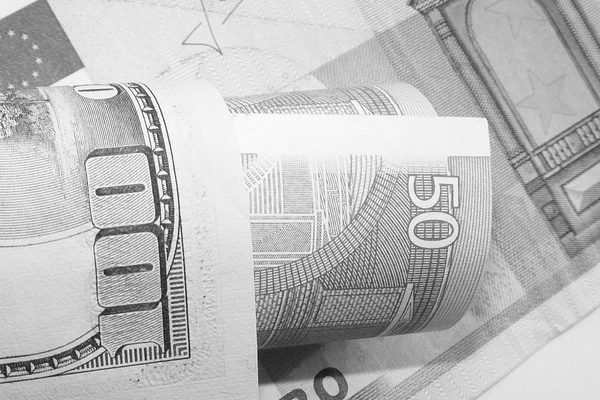 money-87189_640.jpg