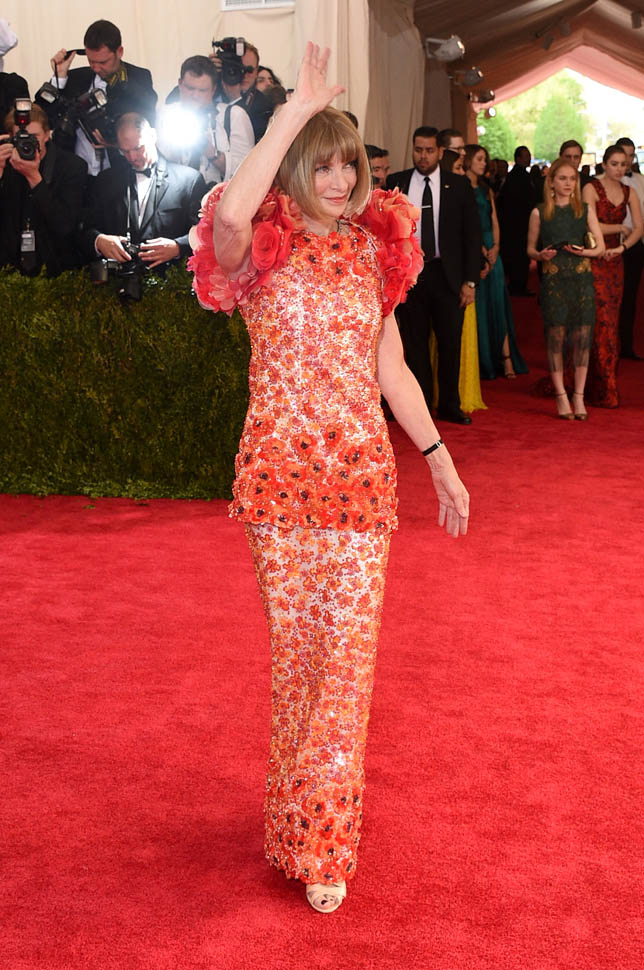 Anna Wintour in Chanel Haute Couture