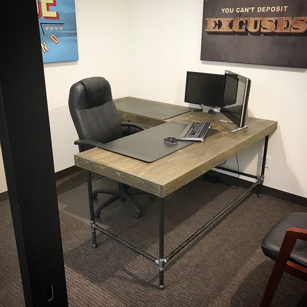 """Wayne Corner Desk with 3"""" Trim"""
