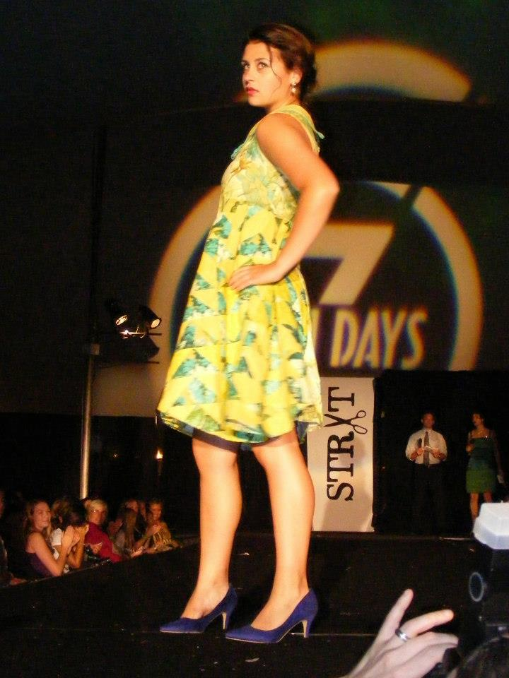 chartruese flying geese dress side view.jpg