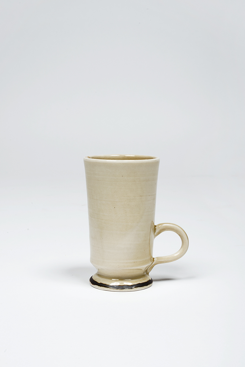Ceramic_Mug_For_Walnut_Table.jpg