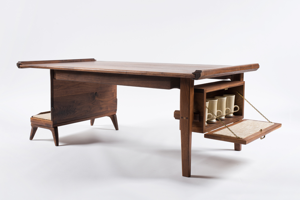 Walnut_Table_04.jpg