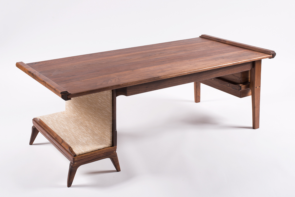 Walnut_Table_09.jpg