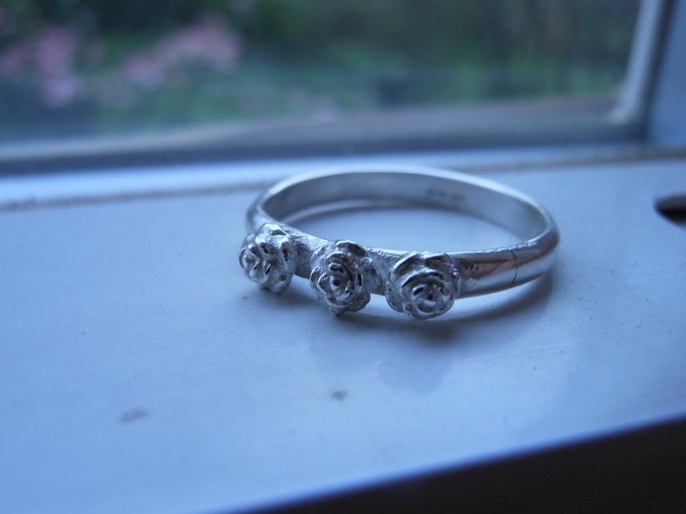 3 Roses ring $75
