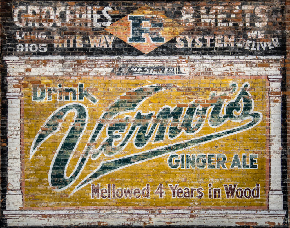 Vernor's Sign