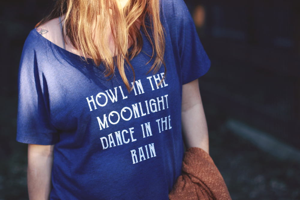 Howl in the Moonlight tee by Skyline Fever - www.skylinefever.etsy.com