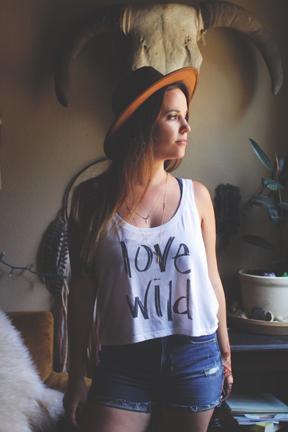 LOVE WILD CROP TANK