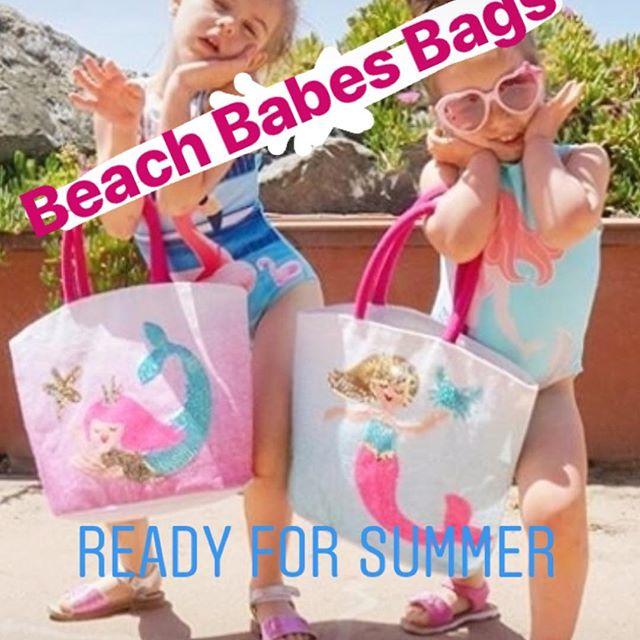 So much cuteness for the summer! 🎀🧜🏻♀️👙#mudpiemermaids #beachbabies #mermaids #darnellsfunstuff #shopvestavia