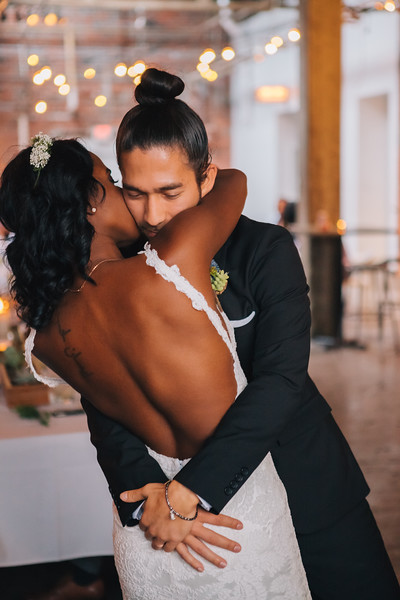 Ohio-strongwater-cambodian-interracial-wedding-erika-layne-2870-L.jpg
