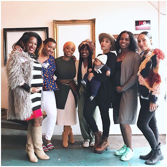 We need each other!  We need welcoming spaces to come together and share! We need to show up for each other over and over again! ❤️ ❤️ ❤️ ❤️ ❤️ ❤️ Motherhood without sisterhood is a hard pill to swallow, seriously!  Events like @momsincolor  are necessary for the growth of our communities! We need more 🙌🏽 #motherhood #sisterhood #community