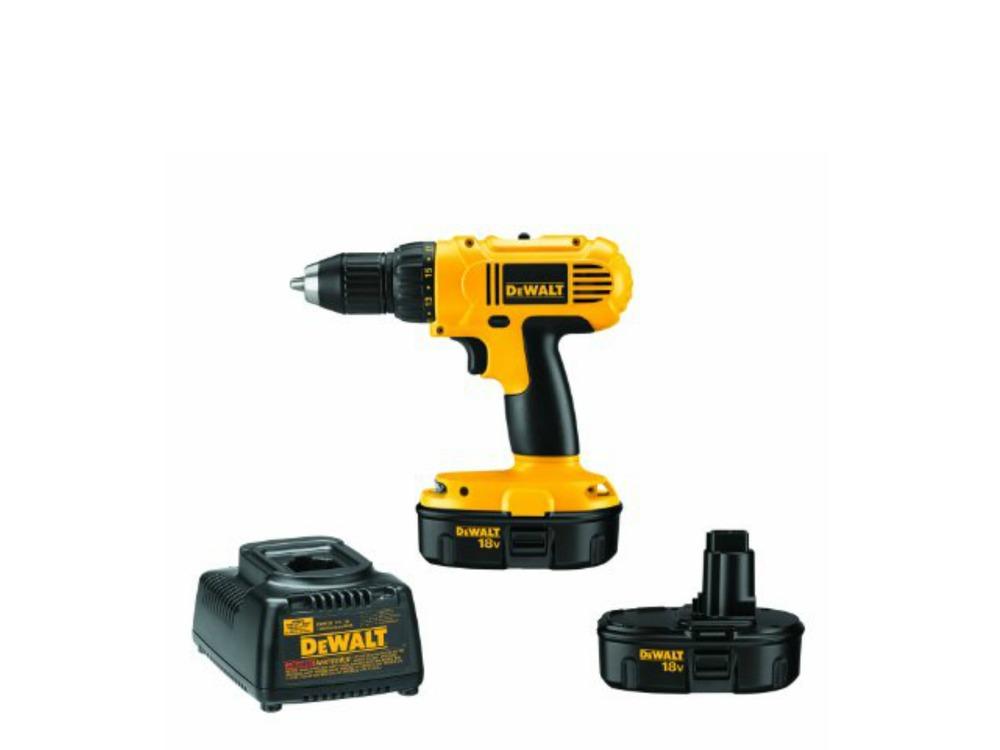 DEWALT 18-Volt Drill/Driver Kit