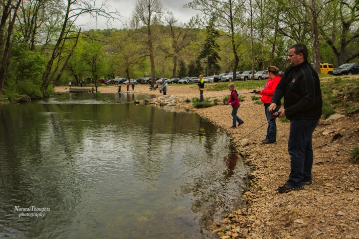 Family fishing at Roaring River State Park