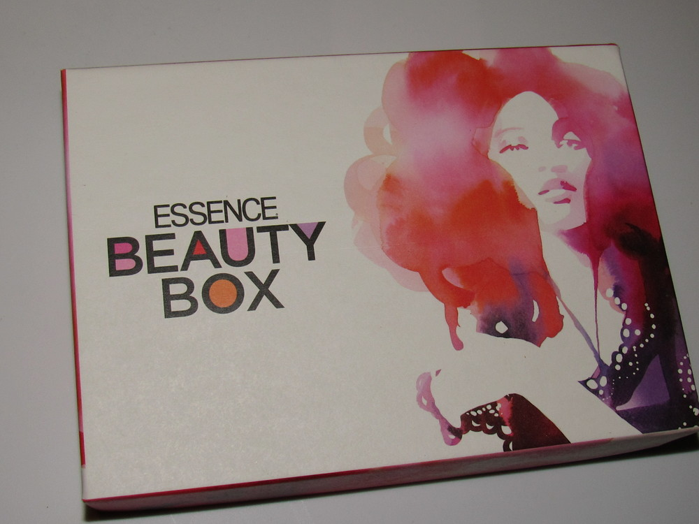 essence-beauty-box-october-2015-as-told-by-antoinette