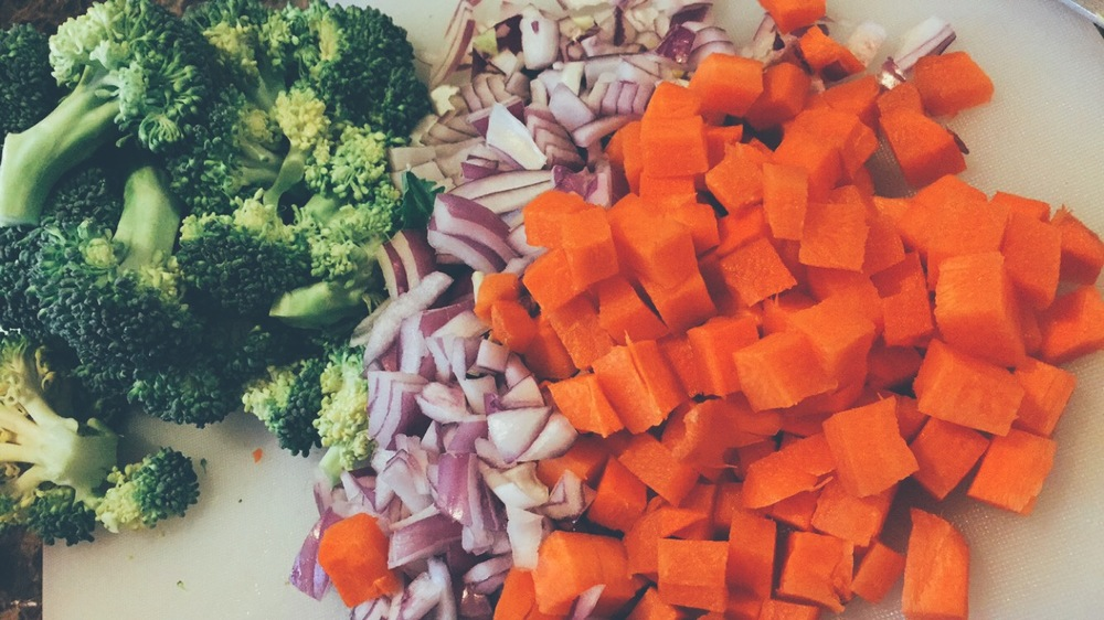 cleansing-detox-soup-as-told-by-antoinette-the-glowing-fridge