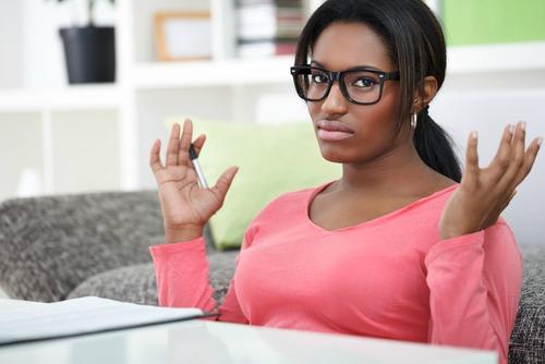 single-black-woman-single-on-a-saturday-night