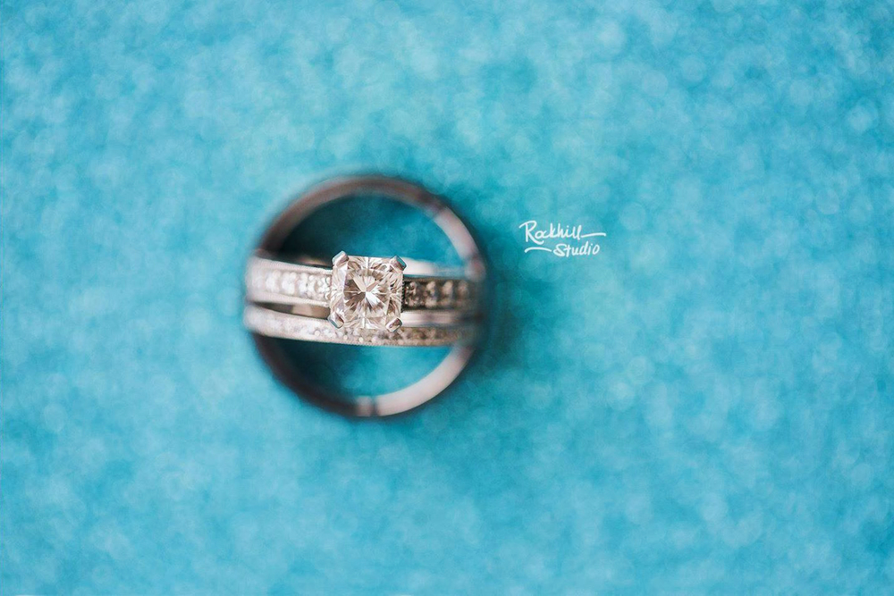 Marquette-wedding-photography-landmark-inn-rockhill-studio-michigan-ring-shot-macro.jpg